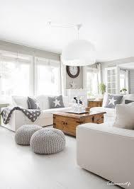 Esszimmer Ideen Skandinavisch Gemütliches Helles Wohnzimmer Im Landhausstil Wohn Esszimmer