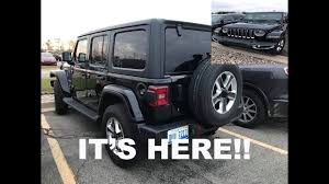 black jeep ace family black jeep jl wrangler unlimited sahara spotted youtube