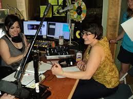 Radio Broadcasting Programs Community Radio Wikipedia
