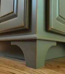 How To Distress Kitchen Cabinets by Best 25 Kitchen Cabinet Makeovers Ideas On Pinterest Kitchen