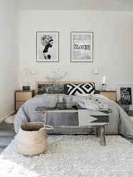 Rugs For Bedroom Ideas Sanfte Traume White Bench Gray Bedroom And Shag Rugs