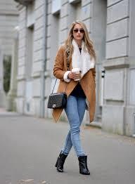 21 simple women wearing black ankle boots sobatapk com