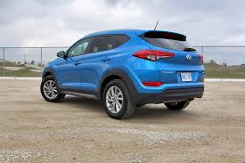 hyundai tucson night long term test update 4 2016 hyundai tucson autos ca
