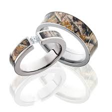 camo wedding rings sets camo wedding ring sets for him and