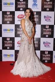 Red Carpet Entertainment Kiara Advani At Red Carpet Of Big Zee Entertainment Awards 2017 On