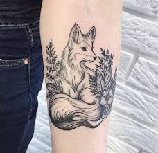 stunning forearm fox tattoos for pop