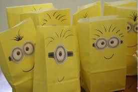minion gift bags 40 amazing minion party ideas