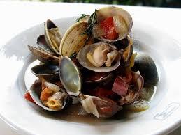 cuisiner la palourde palourdes au petit salé et aux tomates cuisine de la mer
