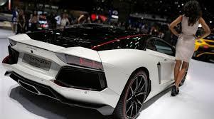 lamborghini sports car price in india lamborghini rolls out huracan spyder in india fixes price at
