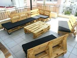 canapé exterieur en palette table basse terrasse canape exterieur palette meule de jardin en