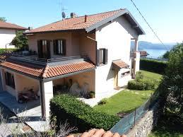 Liegenschaft Kaufen Haus In Arizzano Mit Seeblick 250qm Garten Und Garage