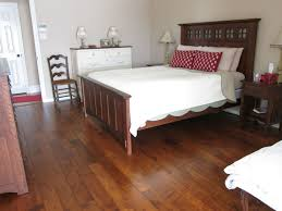 Laminate Bedroom Flooring Bedroom Bedroom Wall Paint Designs For Couple Delightful