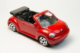 volkswagen new beetle red volkswagen new beetle cabriolet maisto diecast wiki fandom