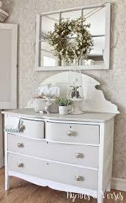 Window Mirror Decor by Best 25 Wreath Over Mirror Ideas On Pinterest Mirror Over Couch