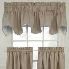 Bed Bath And Beyond Window Valances 32 Best Valances Swags Window Treatments Images On Pinterest