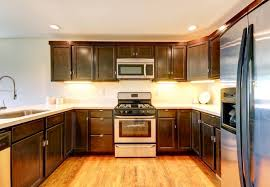 Paint Or Reface Kitchen Cabinets Painting Vs Refacing Kitchen Cabinets Akioz Com