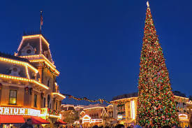 photos of disneyland in california at christmas