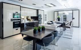 Luxurious Kitchen Designs 10 Exles Of Luxury Kitchen Design To Inspire You