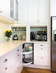 ecklösung küche elektrogeräte küchenzeile ecke faltbare türen schrank ausbau