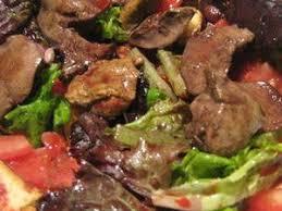 cuisiner foie de volaille salade de foies de volaille facile et pas cher recette sur
