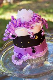 Diaper Cake Centerpieces by Best 10 Halloween Diaper Cake Ideas On Pinterest Baby Shower