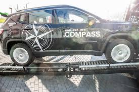 jeep bmw naujasis u201ejeep compass u201c vos pasirodęs lietuvoje gavo rimtą
