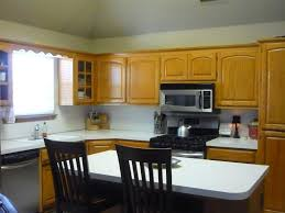 White Kitchen Cabinets Wall Color by Beautiful Kitchen Wall Colors With Oak Cabinets U2014 Decor Trends