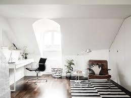 bureau romantique blanc comment meubler et décorer un bureau scandinave blanc
