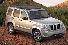 2005 jeep liberty safety rating 2008 jeep liberty overview cars com