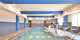 holiday inn express u0026 suites oklahoma city mid arpt area hotel