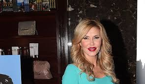 brandi house wives of beverly hills short hair cut brandi glanville denies trying to hook up with james kennedy says