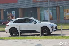 porsche macan white white macan turbo black rs spyder design wheels porsche macan