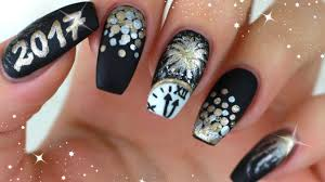 new years eve nails 2017 matte silvester nägel gold silber