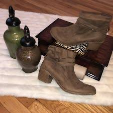 s suede ankle boots size 9 eagle outfitters s suede ankle boots ebay