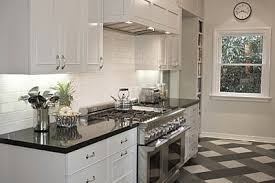 White Kitchen Cabinets And Black Countertops Kitchen Cabinets With Black Countertops
