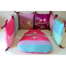 thème chambre bébé fille tour de lit et gigoteuse bébé sur mesure fait par une créatrice