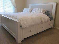 Diy King Platform Bed With Storage by Platform Bed With Drawers Diy Platform Bed Platform Beds And