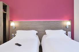 chambre 121 bd kyriad chely d apcher aire de la lozère comfort hotel kyriad