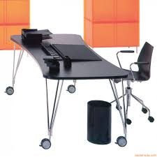 Schreibtisch Auf Rollen Max Design Schreibtisch Tisch Kartell Aus Stahl Und Laminat Mit