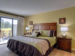 fall in to clubhouse corner price includes vrbo