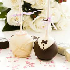 bride and groom wedding cake pops yumbles com