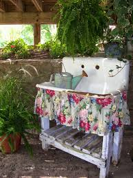 sweet vintage of mine i have a sink just like this that i want
