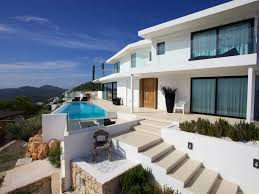 villa with breathtaking views october discounts chic modern