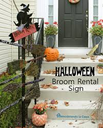 remodelando la casa halloween broom rental sign and giveaway