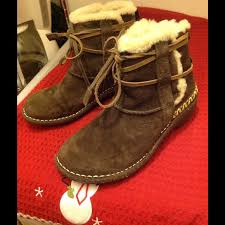 ugg womens caspia ankle boots ugg sold ugg caspia cove brown suede sheepskin boots from