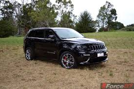 cherokee jeep srt8 jeep cars news jeep hints at srt models for smaller vehicles