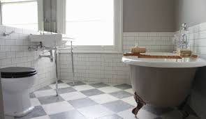 georgian style is one of the most neat design for bathroom