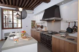 cuisine maison ancienne cuisine moderne dans maison ancienne maison design bahbe com