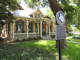 neoclassical homes owners of historic homes in san antonio are u201cstewards u201d of their