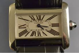 cartier divan montre cartier mod礙le divan en acier d occasion montre vendue